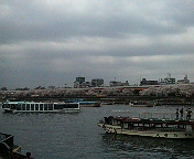 隅田川沿いを歩いて